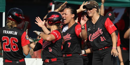 Canada Edges Italy to Stay Unbeaten at WBSC Women's Softball World Championship